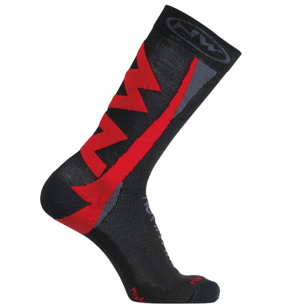 NORTHWAVE Extreme Winter Winter Cycling Socks black - red