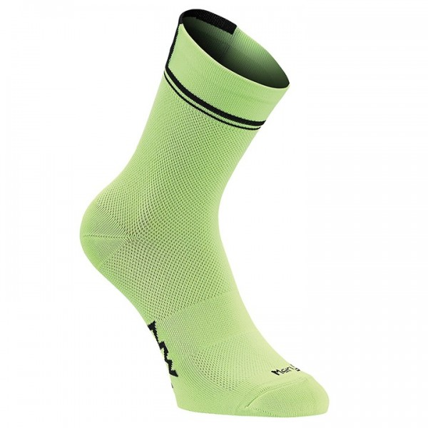 NORTHWAVE Logo 2 High Cycling Socks neon-green - black